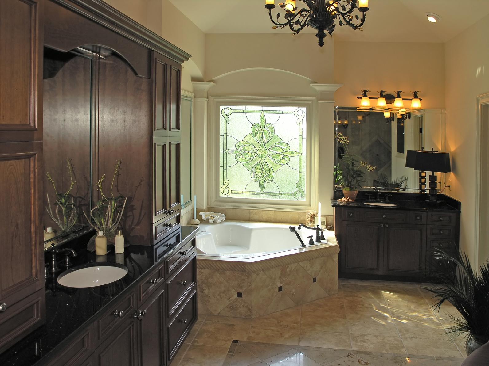 Luxury 7 - bath room 1